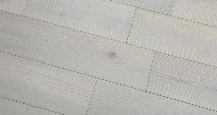 Frozen Oak Brushed & Lacquered Engineered Wood Flooring 150mm - Descriptive 6