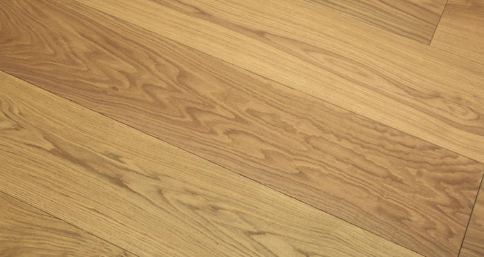 Grande Smoked Oak Brushed & Oiled Engineered Wood Flooring - Descriptive 2