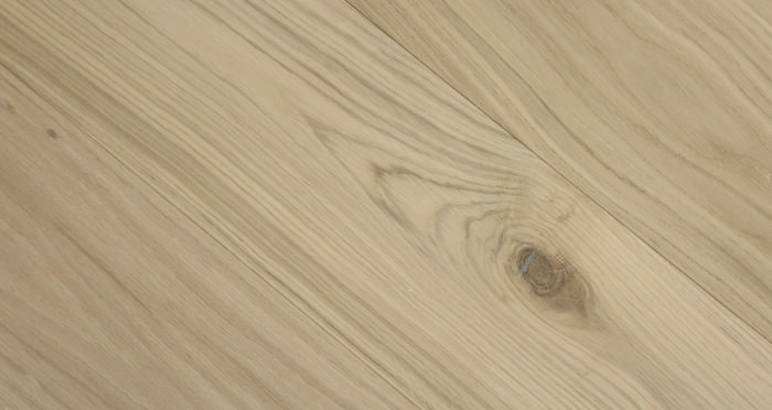 Grande Unfinished Oak Brushed & Oiled Engineered Wood Flooring - Descriptive 3