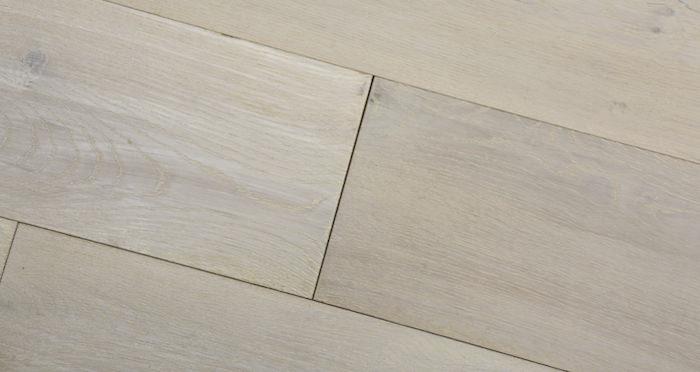 Polar Oak Brushed & Wax Oiled Engineered Wood Flooring - Descriptive 4