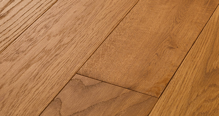 Deluxe Golden Oak Solid Wood Flooring - Descriptive 1