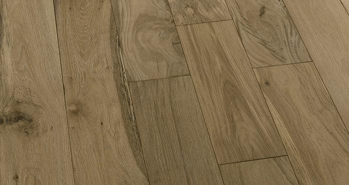 Loft Bavarian Oak Brushed Oiled & Smoked Engineered Wood Flooring - Descriptive 5