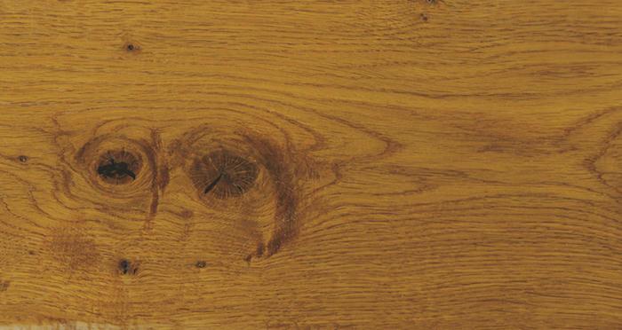 Chantilly Golden Oak Brushed & Oiled Engineered Wood Flooring - Descriptive 3
