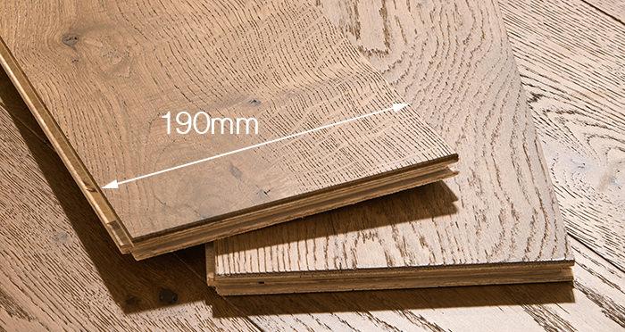 Manhattan Golden Smoked Oak Engineered Wood Flooring - Descriptive 4