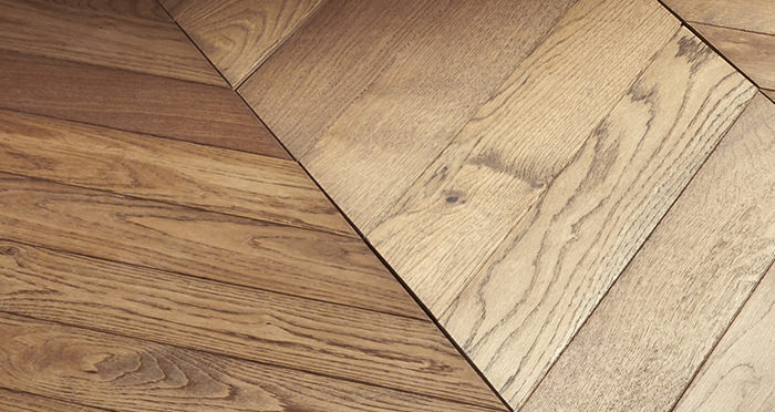 Park Avenue Chevron Georgian Oak Brushed & Oiled Solid Wood Flooring - Descriptive 5