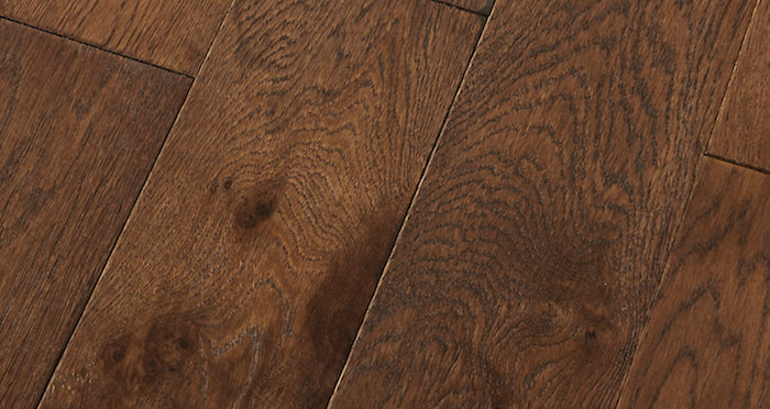 Loft Vintage Oak Brushed & Lacquered Engineered Wood Flooring - Descriptive 1
