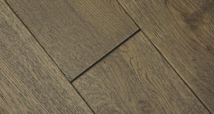 Aged Cottage Oak Brushed & Lacquered Engineered Wood Flooring - Descriptive 4