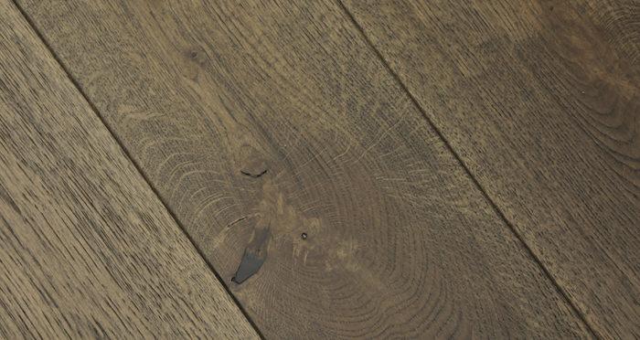 Aged Cottage Oak Brushed & Lacquered Engineered Wood Flooring - Descriptive 6