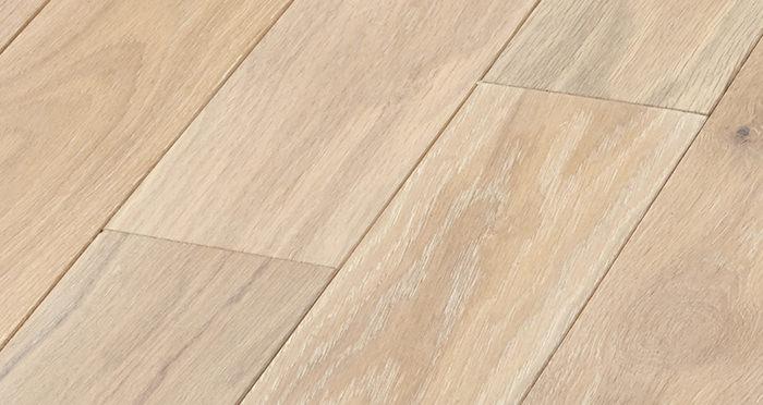 Elegant Frosted Oak Brushed & Oiled Solid Wood Flooring - Descriptive 4