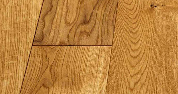 Luxury Natural Oak Solid Wood Flooring - Descriptive 4
