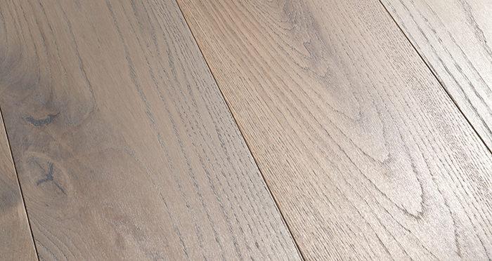 Prestige Silk Grey Oak Solid Wood Flooring - Descriptive 1
