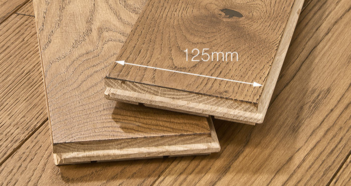 Elegant Cinnamon Oak Brushed & Oiled Solid Wood Flooring - Descriptive 3