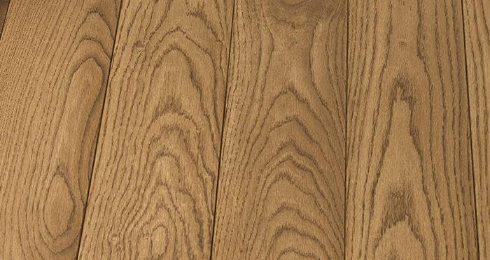 Elegant Cinnamon Oak Brushed & Oiled Solid Wood Flooring - Descriptive 5