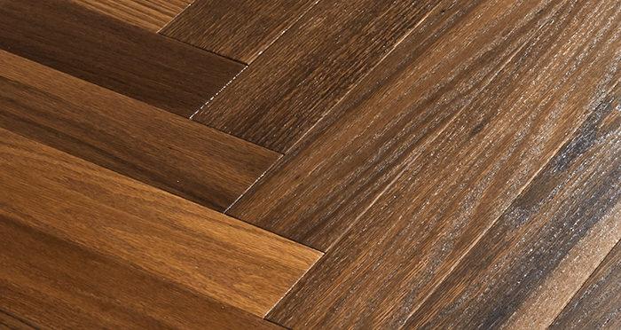 Branscombe Vintage Pier Herringbone Oak Engineered Wood Flooring - Descriptive 2