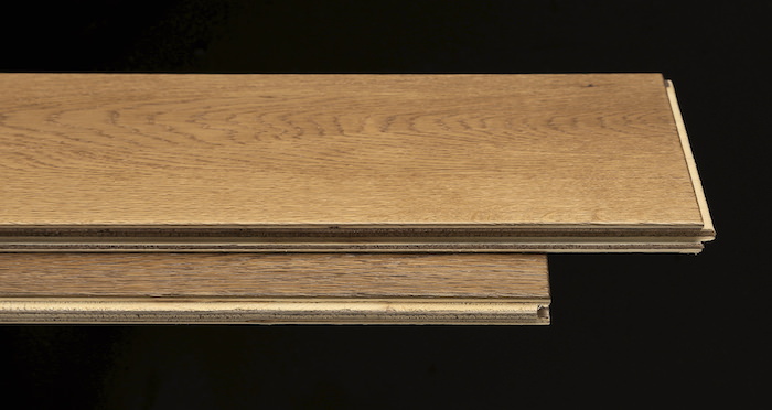 Barn Golden Smoked Oak Brushed & Lacquered Engineered Wood Flooring - Descriptive 1