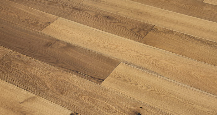 Barn Golden Smoked Oak Brushed & Lacquered Engineered Wood Flooring - Descriptive 2