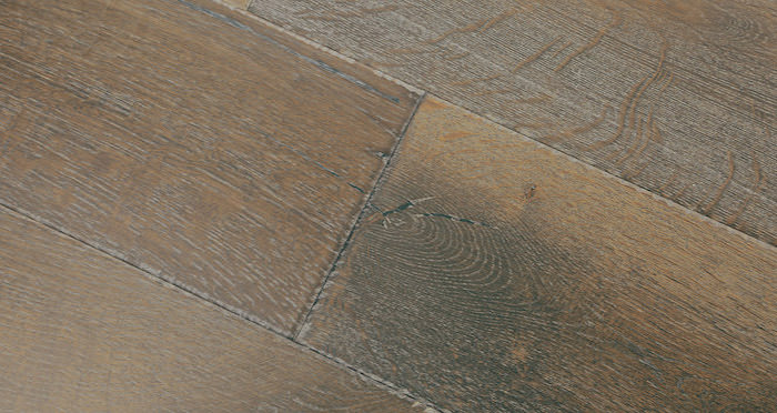Loiret Chalet Oak Brushed & Oiled Engineered Wood Flooring - Descriptive 2