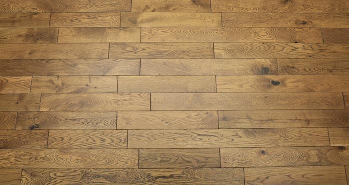 Narrow Caramel Oak Brushed & Lacquered Solid Wood Flooring - Descriptive 5