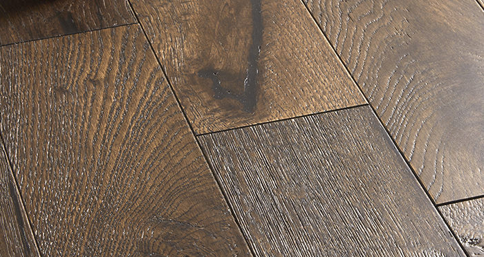 Studio Coffee Oak Brushed & Lacquered Engineered Wood Flooring - Descriptive 4