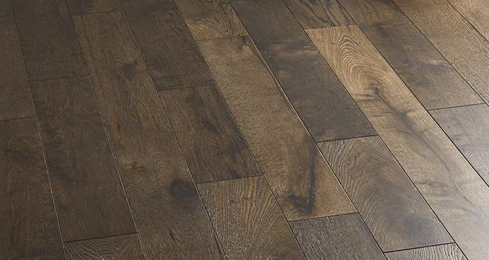 Studio Coffee Oak Brushed & Lacquered Engineered Wood Flooring - Descriptive 5