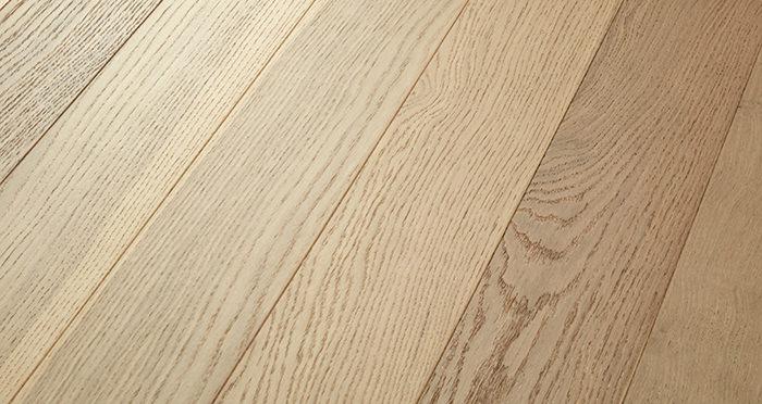 Salcombe Sandy Dune Oak Engineered Wood Flooring - Descriptive 1