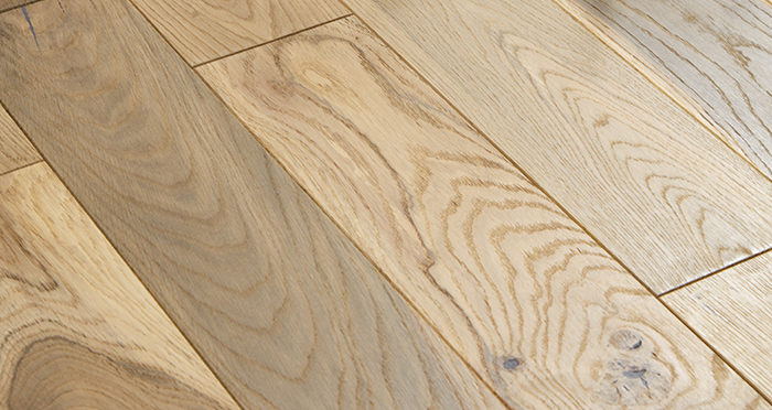 Studio Blonde Oak Brushed & Oiled Engineered Wood Flooring - Descriptive 1