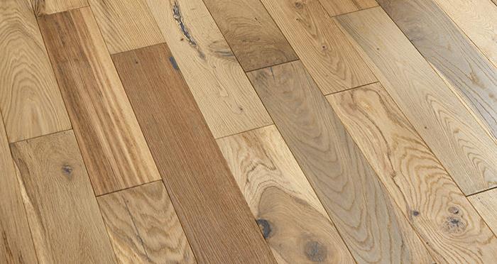 Studio Blonde Oak Brushed & Oiled Engineered Wood Flooring - Descriptive 2