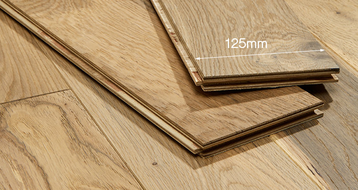 Studio Blonde Oak Brushed & Oiled Engineered Wood Flooring - Descriptive 4