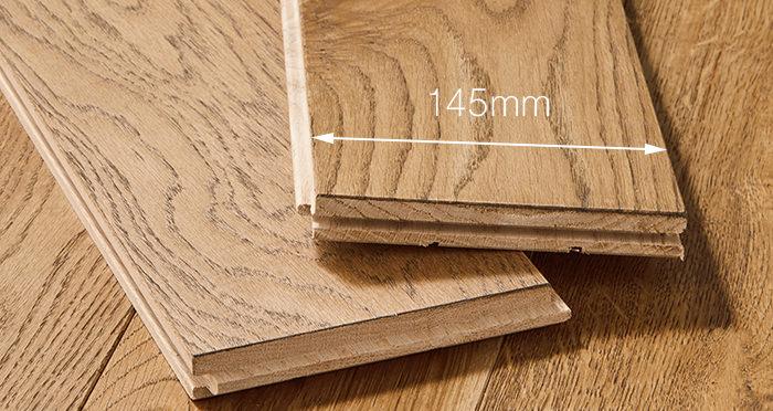 Deluxe Georgian Oak Solid Wood Flooring - Descriptive 3