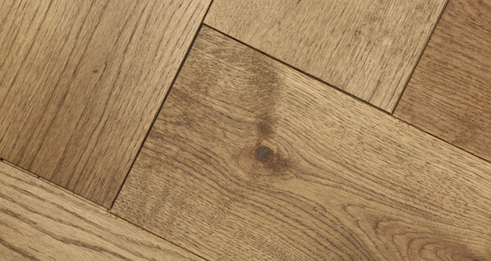 Prestige Herringbone Georgian Oak Oiled Engineered Wood Flooring - Descriptive 2