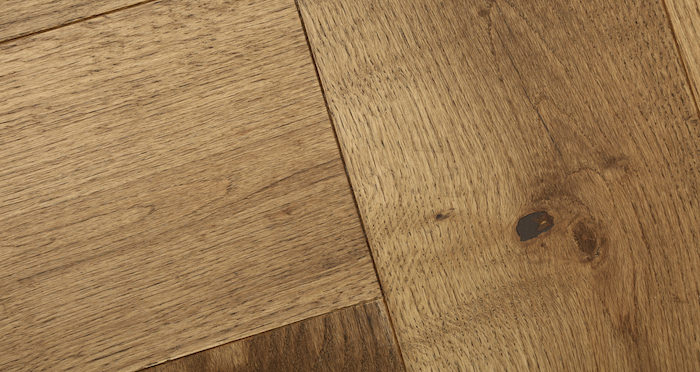 Prestige Herringbone Georgian Oak Oiled Engineered Wood Flooring - Descriptive 3