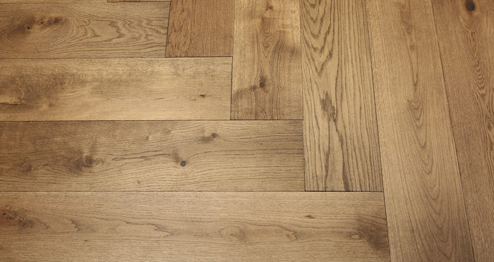 Prestige Herringbone Georgian Oak Oiled Engineered Wood Flooring - Descriptive 4