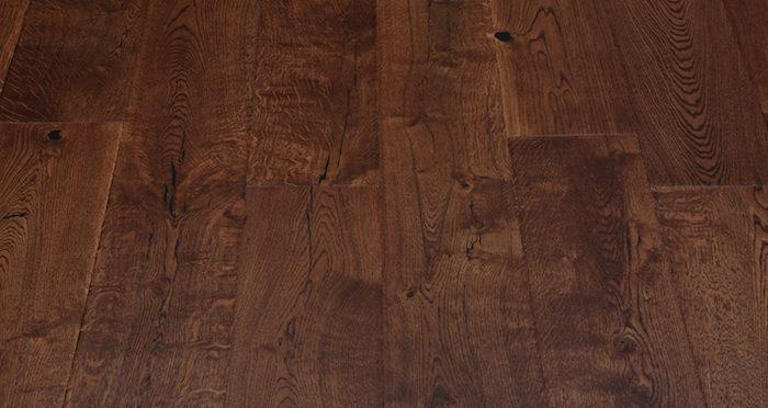 Handscraped Ginger Oak Lacquered Engineered Wood Flooring - Descriptive 4