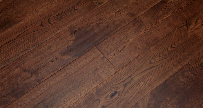 Handscraped Ginger Oak Lacquered Engineered Wood Flooring - Descriptive 6