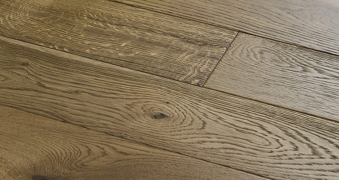 Penthouse Golden Smoked Oak Brushed & Lacquered Engineered Wood Flooring - Descriptive 1