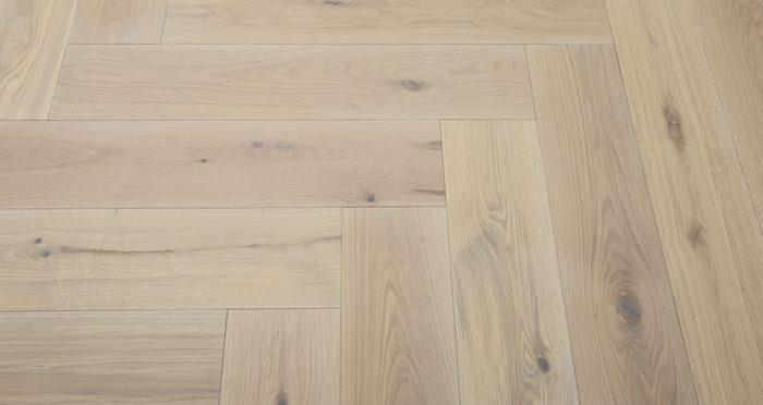 Prestige Herringbone Frosted Oak Oiled Engineered Wood Flooring - Descriptive 6