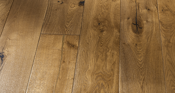 Grand Imperial Golden Smoked Oak Brushed & Lacquered Engineered Wood Flooring - Descriptive 2