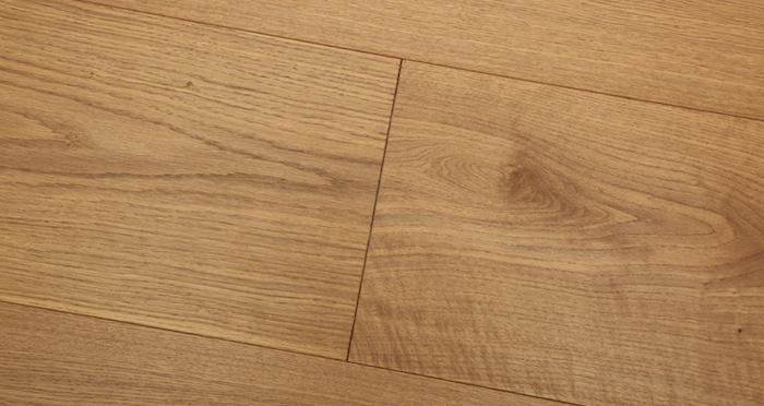 Supreme Golden Oak Brushed & Oiled Engineered Wood Flooring - Descriptive 4