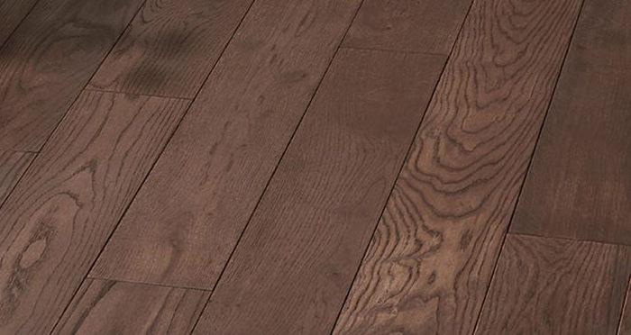 Luxury Chocolate Oak Solid Wood Flooring - Descriptive 5