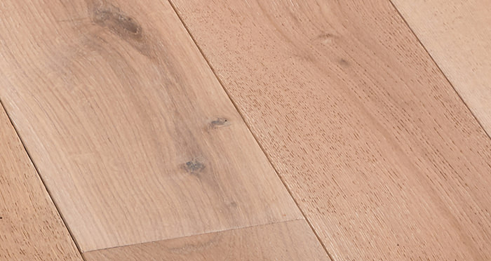 Deluxe Frosted Oak Solid Wood Flooring - Descriptive 2