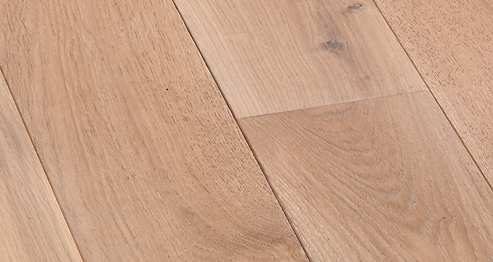 Deluxe Frosted Oak Solid Wood Flooring - Descriptive 4