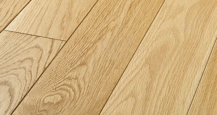 Elegant Natural Oak Brushed & Oiled Solid Wood Flooring - Descriptive 1