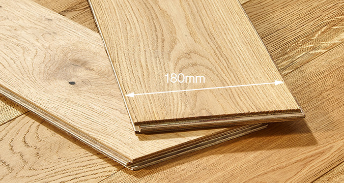 Old Country Natural Oak Brushed & Oiled Engineered Wood Flooring - Descriptive 3