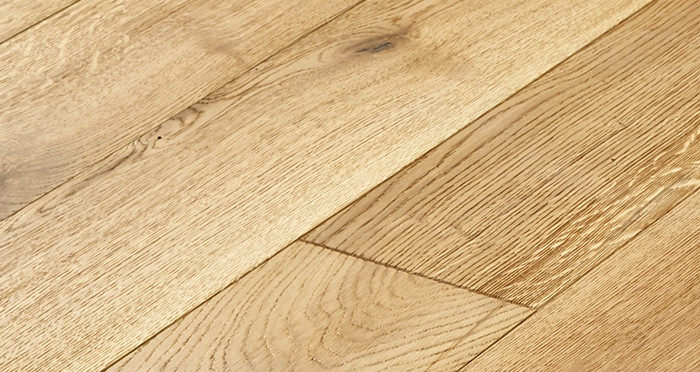 Old Country Natural Oak Brushed & Oiled Engineered Wood Flooring - Descriptive 4