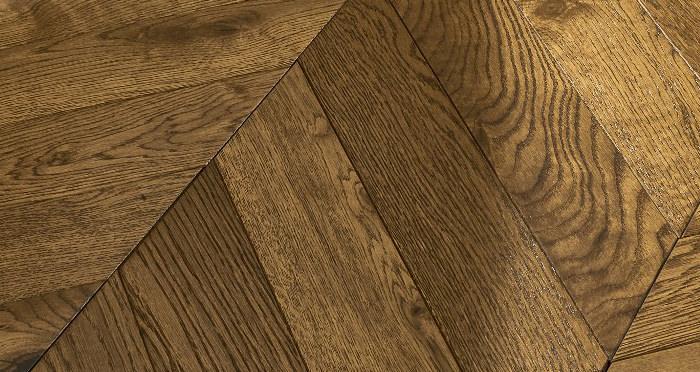 Cambridge Chevron Golden Smoked Oak Brushed & Lacquered Engineered Wood Flooring - Descriptive 1