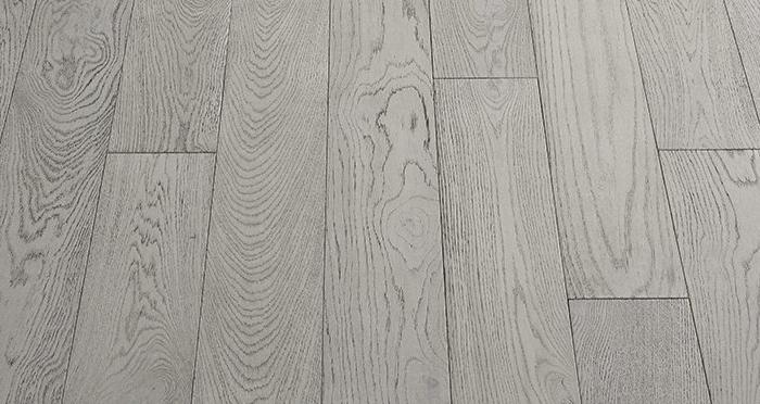 Loft Polar Oak Brushed & Oiled Engineered Wood Flooring - Descriptive 4