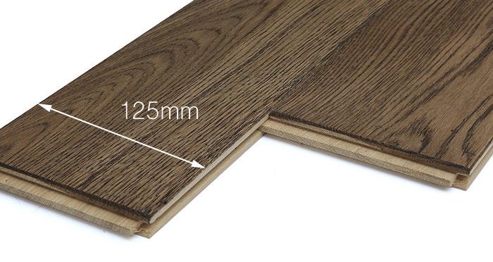 Aged & Rustic Brown Oak Brushed & Oiled Solid Wood Flooring - Descriptive 4