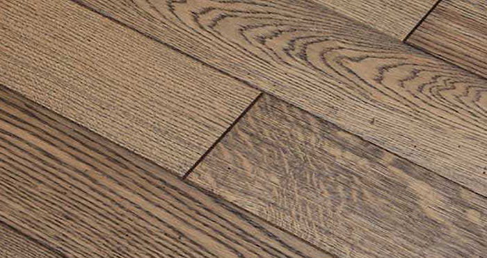Aged & Rustic Brown Oak Brushed & Oiled Solid Wood Flooring - Descriptive 5