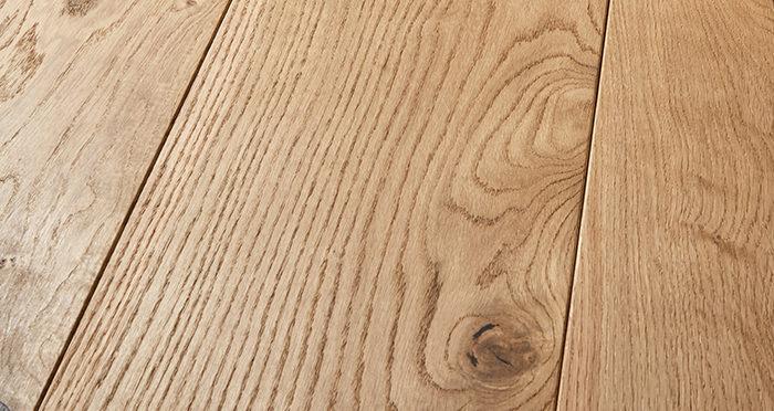 Mansion Natural Oak Brushed & Oiled Engineered Wood Flooring - Descriptive 1