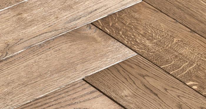 Luxury Parquet Brown Oiled Oak Solid Wood Flooring - Descriptive 5